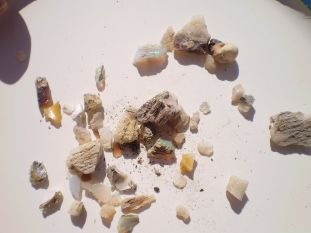 Bonanza Opal Mines – The Brightest Opals in the World